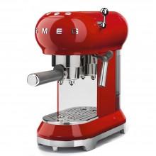 Кофемашина SMEG ECF01 для молотого кофе
