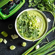 Зеленый суп из домашней микрозелени в блендере Rawmid Dream Greenery 2